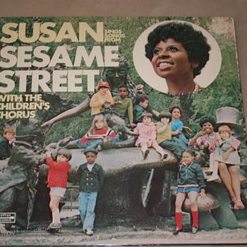 Sesame Street Vinyl Records Sample - Records