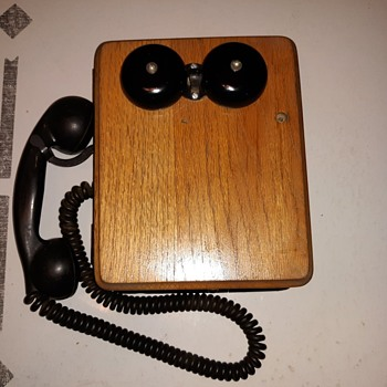 Kellogg 5812-MX Oak Wood Wall Phone US Army - Telephones
