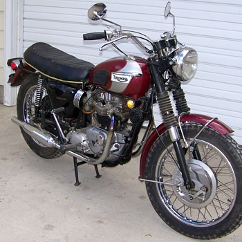 Rare 1970 Triumph Bonneville 750 - only all original in existence - Motorcycles
