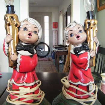 1969 Fres-o-lone Christmas figural lamps - Lamps