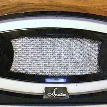 1952 Sparton Model 230 Radio - Radios