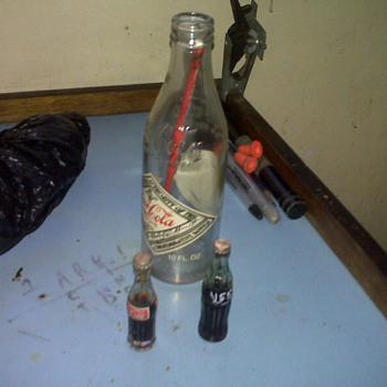 Small Coke bottles - Coca-Cola