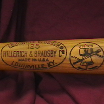 Johnny Bench 1976 Game Used Bicentenial Bat