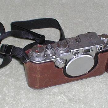 1956 - Leica IIf Camera - Cameras
