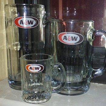 my A&W rootbeer mugs just got a 'baby brother'?! - Kitchen