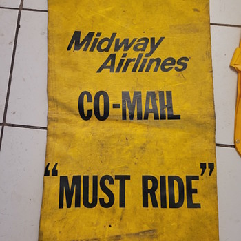 """PAN-AM  Stereo Headsets Storage Bag and Midway Airlines Co-Mail """"Must Ride"""" bag - Advertising"""