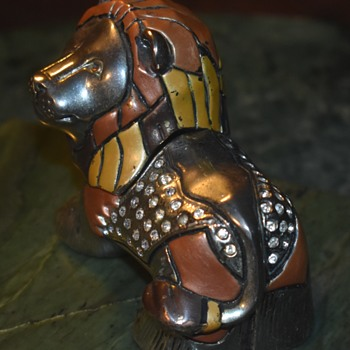 Enameled Lion with Lots of BLING! - Animals