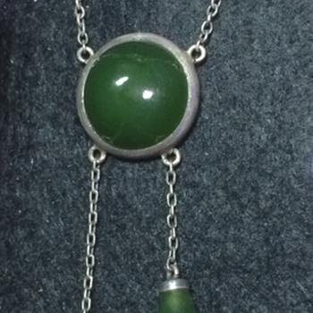 Arts and Crafts silver nephrite jade pendant. - Fine Jewelry