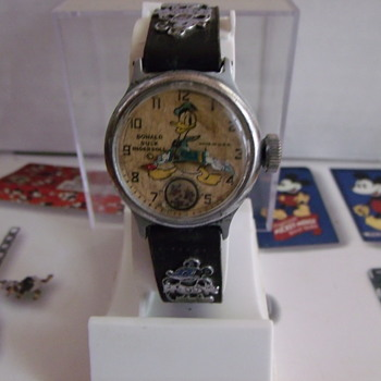 Holy Grail Of Disney Watches.... Ingersoll Donald Duck Wristwatch - Wristwatches