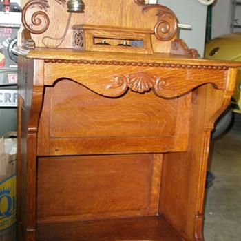1901 Stromberg-Carlson Telephone Vanity - Telephones