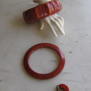 Paprika swirl bakelite jewels -1940's-50's - Costume Jewelry