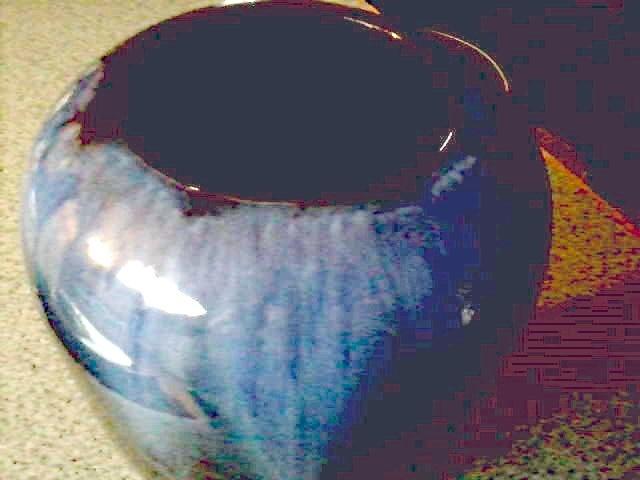 Bmp Blue Mountain Pottery Blue Drip Glaze Over Cobalt 10 Vase