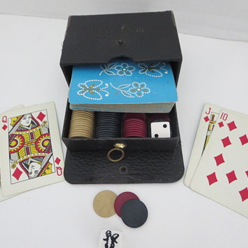Small Travelers Poker Set