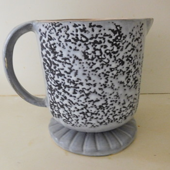 Splatterware or What?  Help Identify this Stoneware Pitcher / Tankard - Pottery