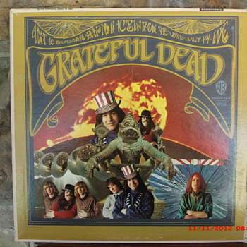 Grateful Dead's 1st LP in Mono. First pressing WB Gold label beauty. - Music Memorabilia