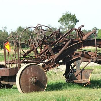 Vintage road grader    - Tractors