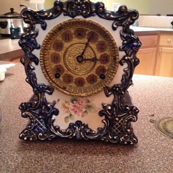 Gilbert clock 1904 - Clocks
