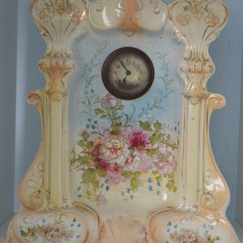 Possibly Crown Devon mantle clock - Pottery