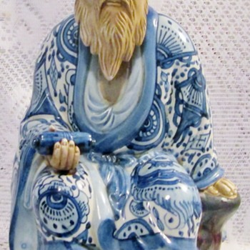 This Jurojin figurine - Asian