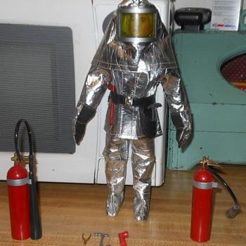 GI Joe Action Pilot Crash Crew Set 1966 - Toys