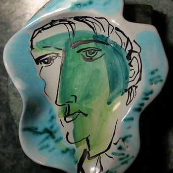 Cinelli Amorphous Plate with Portrait - Italy - Marcel Duchamp? - Pottery