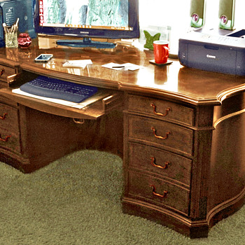 Seven Seas Executive Desk by Hooker Furniture - Furniture
