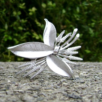 Crown Trifari Brooch - Wheat Stalk and Leaves - Costume Jewelry