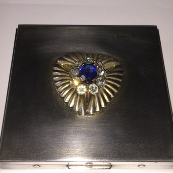 Vintage silver unmarked compact - Accessories