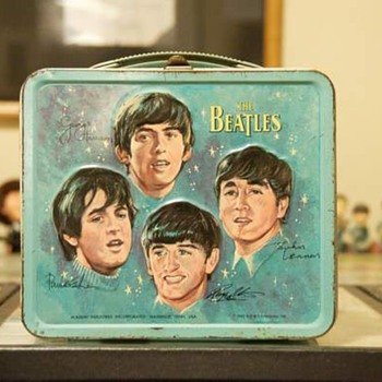 Beatles lunch box...1965 - Kitchen