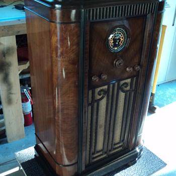 Rogers Majestic console radio - Radios