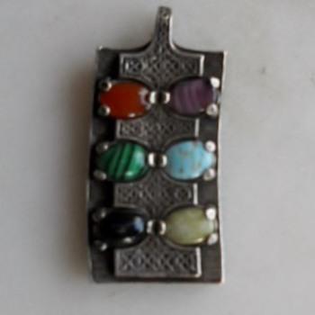 Miracle pendant circa 60's/70's - Costume Jewelry