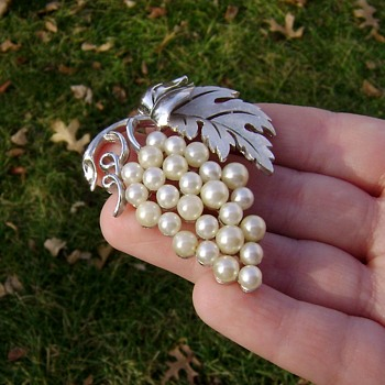 Crown Trifari Brooch  - Costume Jewelry
