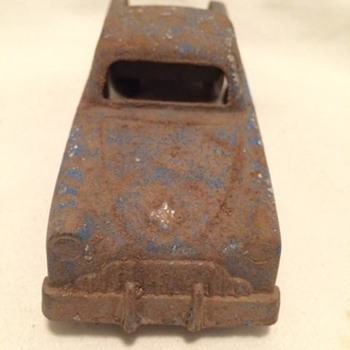 Can you identify me? Vintage metal model truck 200 Fifth Ave NY,NY Banner Logo - Toys