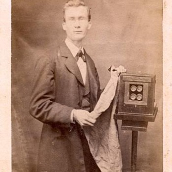 Photographers & Their Cameras - 1870s CDV with 4-lens American wetplate