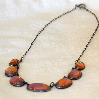 Can Someone Help Me Identify This Necklace? - Costume Jewelry