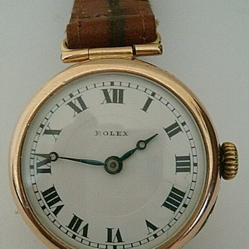 GENTLEMAN'S 1924 ROLEX MID SIZED 9 CT ROSE GOLD  - Wristwatches