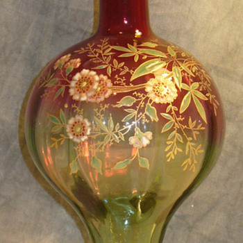 Rubina Verde Bottle form vase attributed Legras - Art Glass