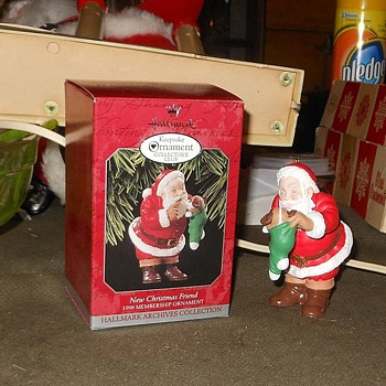 Hallmark Keepsake Oranament New Christmas Friend 1998 - Christmas