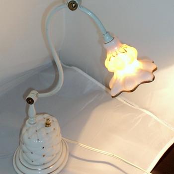 1940's antique Porcelain desk lamp, by Miller Lamp Co. - Lamps