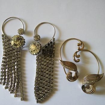 Earrite earrings - Costume Jewelry