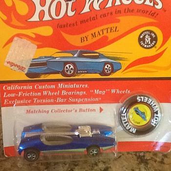 Hot wheels splitting image in blister pack - Model Cars