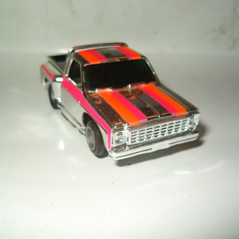 "TYCO ""SILVERSTREAK""SERIES CHEVY STEPSIDE PICK-UP - Model Cars"