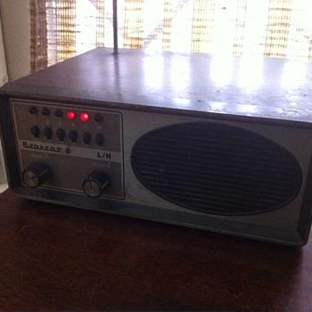 Bearcat BC-6 Scanner - Radios