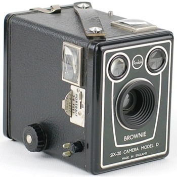 Brownie Six-20 camera model D Export version - Cameras
