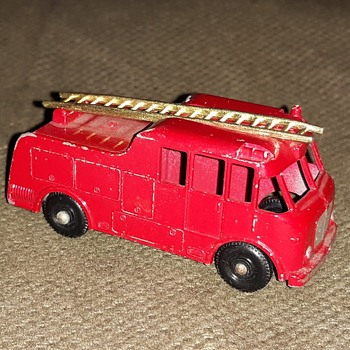 Making Merry Matchbox Monday MB-9 Merryweather Marquis Series III Fire Engine 1959-1966 - Firefighting