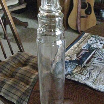 Old 1 QT Oil Bottle - Petroliana