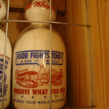 SANITARY DAIRY...WARREN OHIO...CREAMTOP WAR SLOGAN....ANOTHER FOOD FIGHTS TOO - Bottles