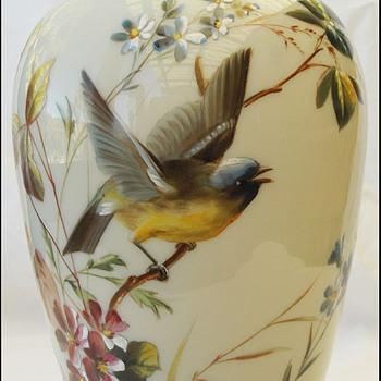 BIG BOHEMIAN HAND PAINTED BIRD VASE ( HARRACH ?)  - Art Glass