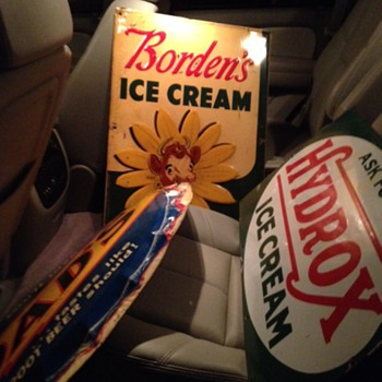 Borden's Ice Cream...Dad's Root Beer...Hydrox Ice Cream...Signs - Signs