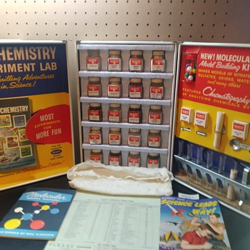 Gilbert Chemistry Set - Toys